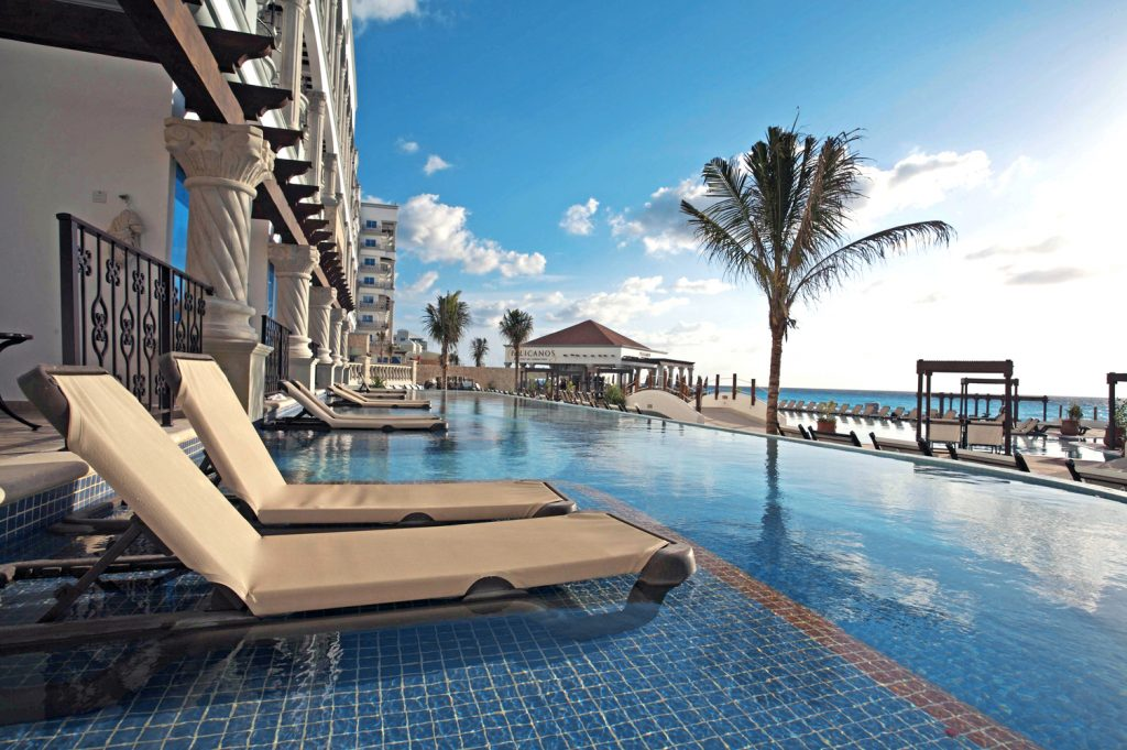 Hyatt Zilara swim up suite review